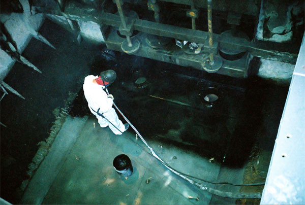 Flotation Cells Protected from Abrasion and Chemical Corrosion